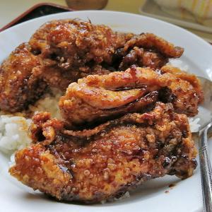 セクシー中華【幡龍】のお気に入りメニュー「若鶏揚煮飯」
