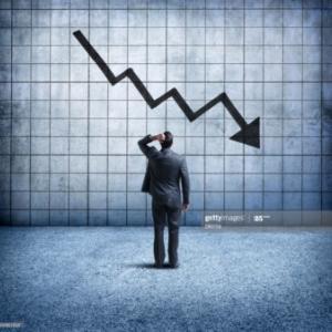 ハイテク株の暴落により、米国株が暴落。個人投資家が取るべき行動は