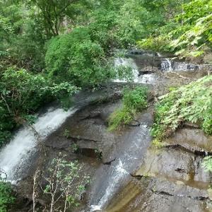 札幌から日帰りできる滝! 恵庭渓谷(ラルマナイの滝・三段の滝・白扇の滝)巡り。