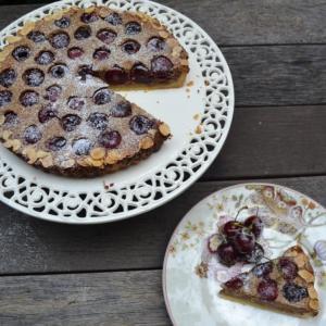 Cherry Frangipane tart チェリーフランジパンタルト
