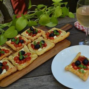 Olive and Tomato Tart オリーブとトマトのタルト