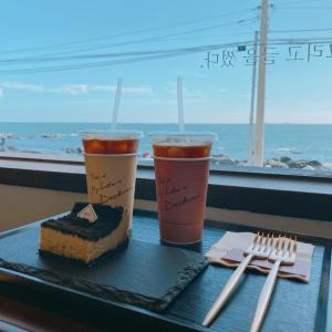 ヒルトン釜山から徒歩すぐのオーシャンビューカフェ!Cafe Deokmi