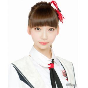 NGT48荻野由佳、巻き髪ポニーテールの涼しげノースリーブ姿に「暑さもぶっ飛ぶ可愛さ」