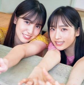 """AKB48""""同級生コンビ""""小栗有以&下尾みう『サンデー』表紙に ピュアな美肌たっぷり披露"""