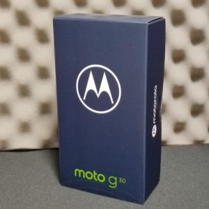 とりあえず1円で購入したMotorola Moto g30が届きました。