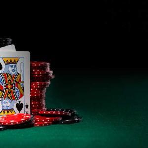 ブラックジャックの必勝法決定版!ペイアウト率を99%まで上げて大勝ちする5つの方法!