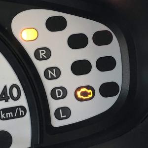 エンジンの警告灯が点灯したあとで消えた!その意味は?対処法は?