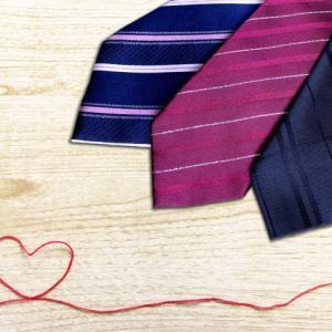 ネクタイの洗い方は意外と簡単!しみ抜き方法から仕上げまで徹底解説