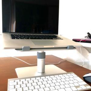 パソコンスタンド登場。