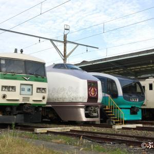 【JR東日本】E251系RE1編成・651系IR01編成他 名車4並び