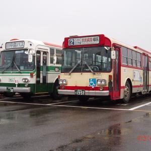 【アルピコ交通(川中島バス)・長電バス】40058・1957号車 奇跡の並び