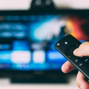 Fire TV Stickが2,000オフキャンペーン中!映画・ドラマを大画面で見るのにおすすめ