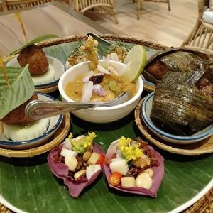 '20.7.3大バンコクASOKの高級タイ料理店THE LOCALで味も見た目も素敵な料理に舌鼓