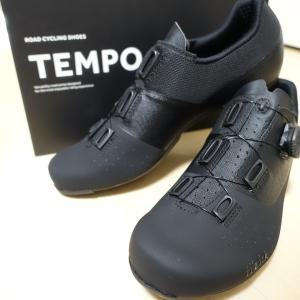 フィジーク TEMPO R4 OVERCURVEを買いました