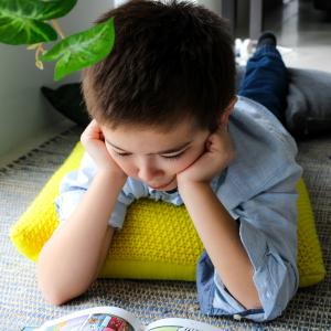 夏休み短縮に反対する親・保護者多数!宿題が無くなる学校も多い