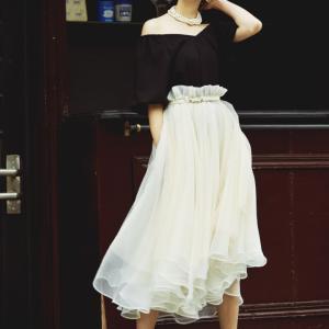 【7/2】白のチュールのスカート。