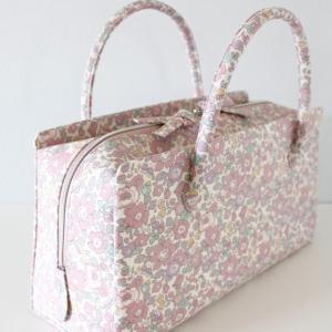 リバティプリントの利休バッグ