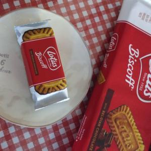 ベルギーのお菓子です🥞ロータス❁ビスコフ🍪チョコカラメルビスケット🍫