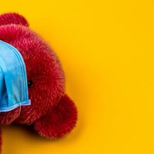 【ウイルス侵入率100%】布マスク8千万枚介護施設や保育所に配布予定