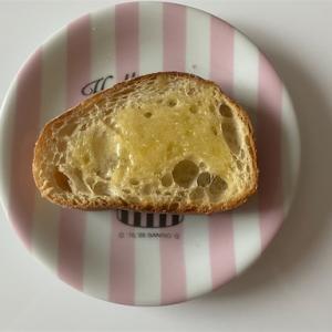 パンを食べるのは至福のひととき
