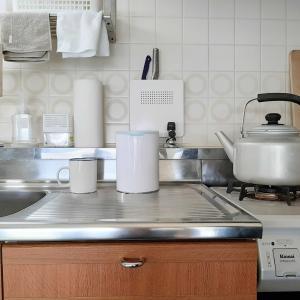我が家のキッチン、ミルク缶の目隠し🙈