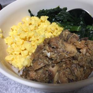 鯖の味噌煮缶で3色丼。レシピ☆