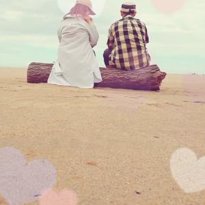 夫婦二人で海を眺めるのもたまにはいいね❤