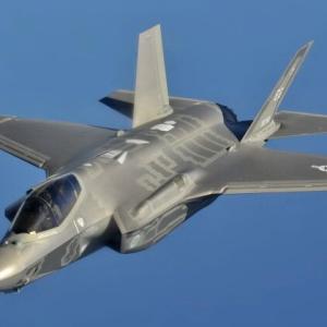 戦闘機オタクです。