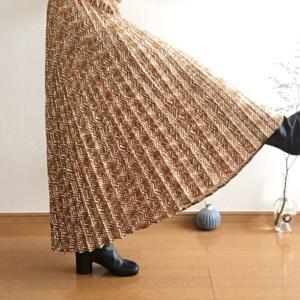マルジェラ足袋ブーツ×Marjourプリーツスカートで大人コーデ