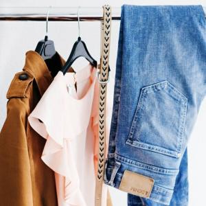 服やコーディネート考えるのめんどくさい日もある。