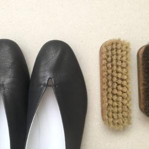 VIEILLE(ヴィエイユ) 靴のお手入れ方法【靴磨きの本をお手本に】