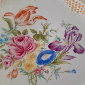 マイセンに描く薔薇&シドニーの朝食
