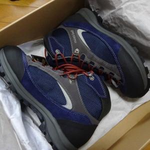 登山靴を新調 予備ですが。