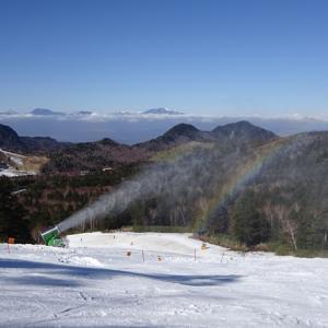 2020-2021シーズン 志賀高原では横手山にスノーマシンでシーズンイン