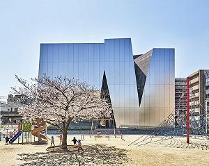 すみだ北斎美術館:東京で浮世絵を楽しみましょう。