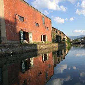 ノスタルジックな運河は見どころがたくさん【小樽運河】