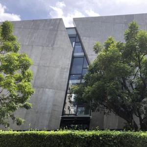 プロンポンの美術館「Subhashok The Arts Centre (S.A.C.)」