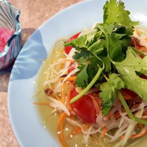 ベトナム料理「ヒョトゥ 」と カフェ 「Boiling Pot」