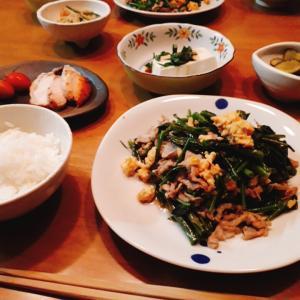 豚バラ空心菜炒めと、うだる暑さ