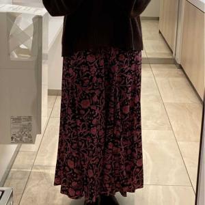 マラソン購入品 【SNIDEL(スナイデル)】の花柄スカート