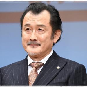 吉田鋼太郎の若い頃画像がかっこいい?昔もリリーフランキーに似てる?