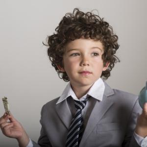 所得税何歳から払う?未成年でも払う必要がある税金とは何か