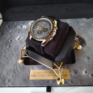 オメガ スピードマスター アポロ11号50周年記念モデル(ref.310.20.42.50.01.001)の紹介