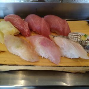 船橋市の美味しい立ち食い寿司「吉光(きっこう) 船橋北口店」をご紹介!