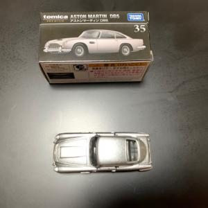 アストンマーチンDB5 tomikaを買いました