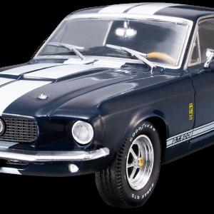 今日のミニカーはいつもとは違います!FORD MUSTSANG SHELBY GT500