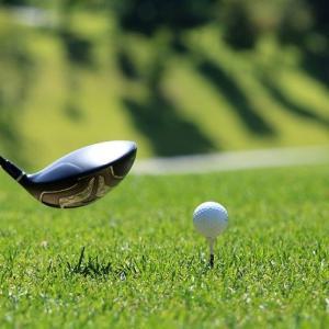 ゴルフ初心者緊張の朝いちショット