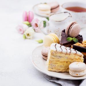 《お菓子とデザイン》【PATISSERIE TSUBASA(パティスリーツバサ)】「OMUSUBI Cake」のパッケージ♬