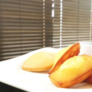 《お菓子とデザイン》【Now on Cheese(ナウオンチーズ)】「焼きチーズフィナンシェ」のパッケージ♬
