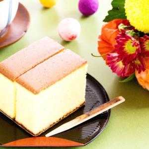 《お菓子とデザイン》はちみつとオレンジの風味豊かな、食べきりサイズのかわいい焼き菓子「おやつカステラ」のパッケージ
